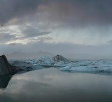Jokulsarlon, glacier lagoon by pljvv