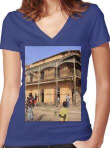 a historic Senegal landscape Women's Fitted V-Neck T-Shirt