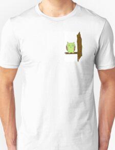 Psycho оwl on bough T-Shirt