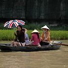 Vietnam - Around Hanoï - World's people by Thierry Beauvir