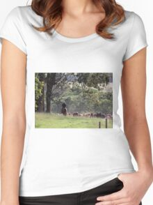 Taking the cattle back to the paddock Women's Fitted Scoop T-Shirt