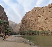 a colourful Oman landscape by beautifulscenes