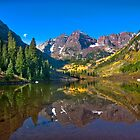 Maroon Bells. Autumn by Valentina Gatewood