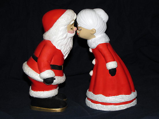 Santa and Mrs. Claus by MichelleR