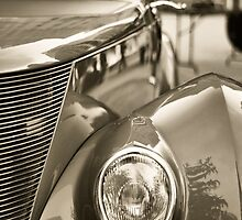 Headlight by adriangeronimo
