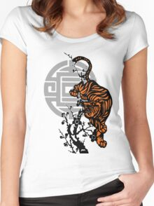Prowling Tiger Women's Fitted Scoop T-Shirt