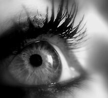 Eye macro in B&W by AleFletcher