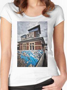 Kenton Tube Station Women's Fitted Scoop T-Shirt