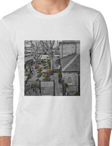 Kew Gardens Tube Station Long Sleeve T-Shirt
