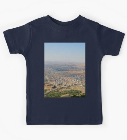 an awe-inspiring Iraq landscape Kids Tee
