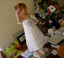 ...In time for Xmas? 2009: doll for Venus by chrythmnove
