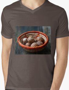 Nutmeg Mens V-Neck T-Shirt
