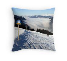 Herrliche Berge, sonnige Höhen..... Throw Pillow