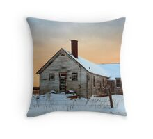 No. 7 Countyline Road Throw Pillow