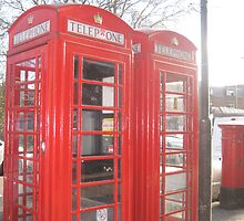 Telephone box by mollycool12
