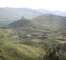 a sprawling Rwanda landscape by beautifulscenes