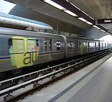 Urban train by Elias Santiago