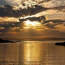 Honeymoon Bay - Jervis Bay by Ian Stevenson