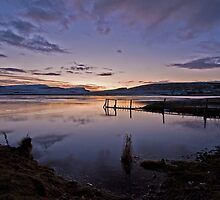 Icy sunset at Spiggie Loch by ShroomIllusions