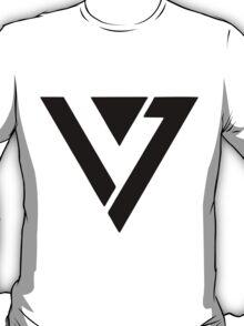 SEVENTEEN BLACK LOGO T-Shirt