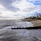 Boxing day at Southwold. by Karen  Betts