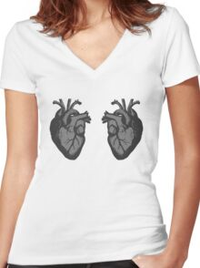 I <3 <3 The Doctor Women's Fitted V-Neck T-Shirt