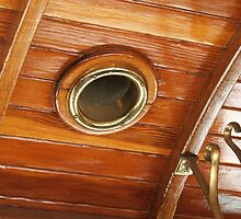 Porthole by ScenerybyDesign