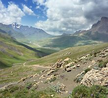 a stunning Tajikistan landscape by beautifulscenes