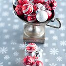 Christmassy by Ilva Beretta