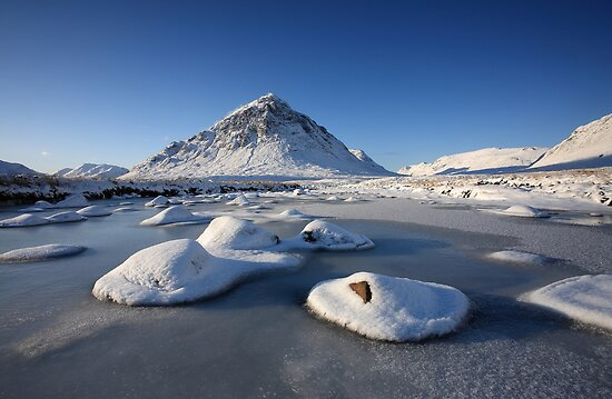 Buachaille Etive Mòr in winter. by John Cameron