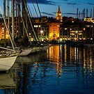 Evening Falls on the Old Harbour, Marseille by MarcW