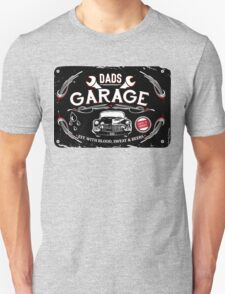 DADS GARAGE Unisex T-Shirt