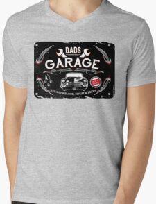 DADS GARAGE Mens V-Neck T-Shirt