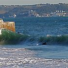 Waves at Paço d´Arcos by BaZZuKa