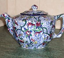 Ringtons Teapot 1930s by Woodie