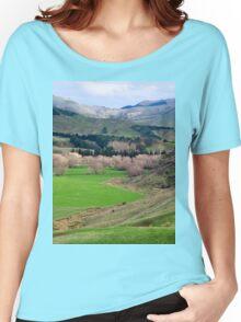 a desolate New Zealand landscape Women's Relaxed Fit T-Shirt