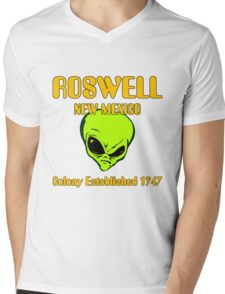 Roswell, New Mexico - Alien Colony Established 1947 Mens V-Neck T-Shirt