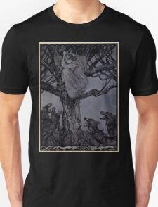Irish Fairy Tales by James Stephans art by Arthur Rackham 1920 0193 She Looked in Angry Woe at the Straining and Snarling Horde Below T-Shirt