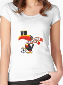 toucan2 Women's Fitted Scoop T-Shirt