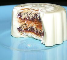 Snow Moon Cake  by WhoDini