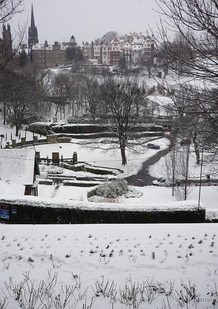 Winter Edinburgh: Ramsay Gardens by Yonmei