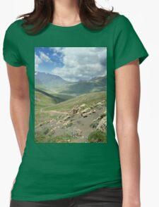 a large Uzbekistan landscape Womens Fitted T-Shirt
