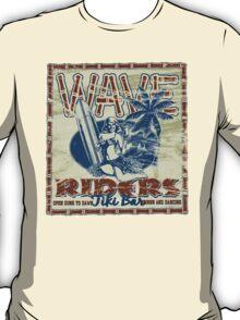 wave riders tiki bar T-Shirt