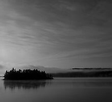 Misty Cache Lake - Algonquin Provincial Park by cheeling70