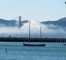 Golden Gate Bridge on a gorgeous Autumn/Fall day by meredith175