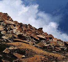 rocky sky by dynamo17