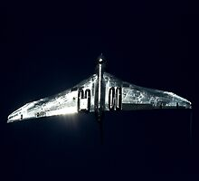 Vulcan XH558 glinting in the sun by captureasecond