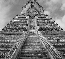 Wat Arun in Bangkok by StillApes