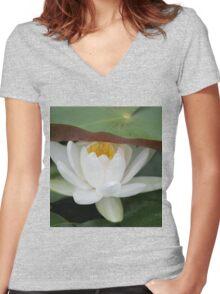 peek a boo Women's Fitted V-Neck T-Shirt