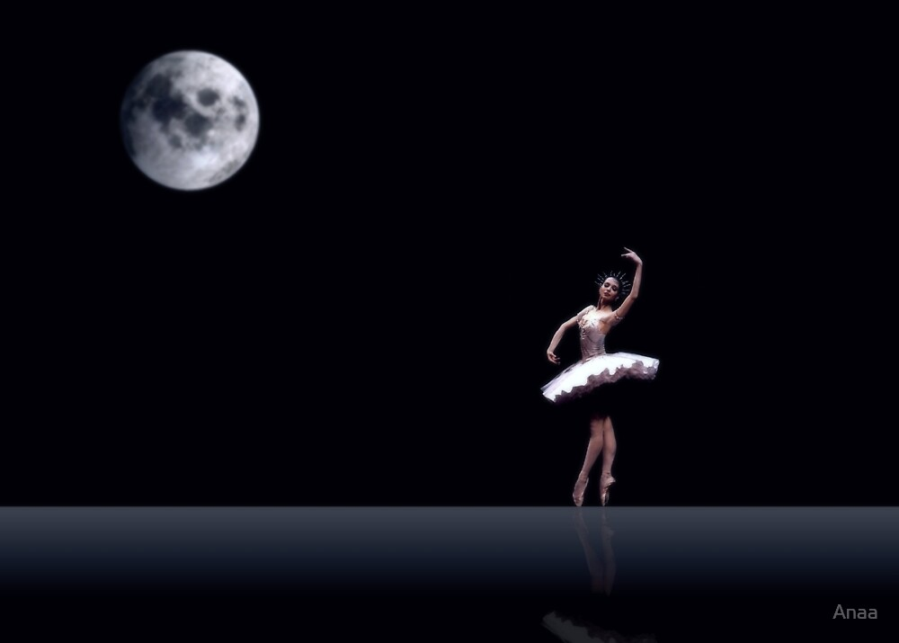 Dancing in the Moon light ... by Anaa